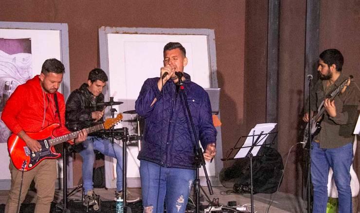 El Centro Cultural de San Francisco celebró el Día de la Primavera con música en vivo